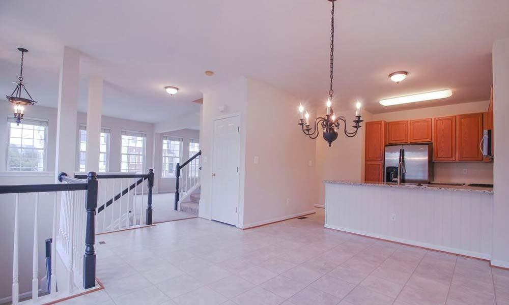 Just Flat Fee - Social Media Real Estate Listing Company - 13037 Bathgate Way, Bristow, VA 20136